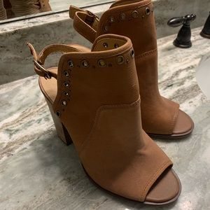 Lucky Brand Leather Shortie Boot sz 8.5